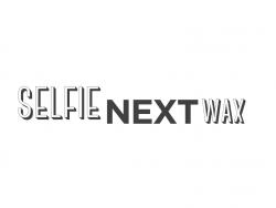 Selfie Next Wax